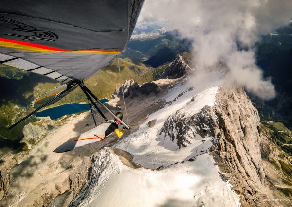 Hang gliding in the Dolomites