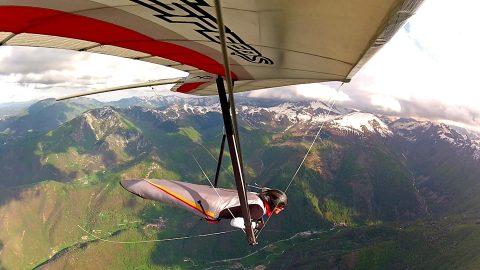 Sasha hang gliding Monte Malanotte