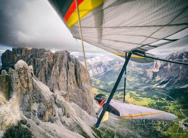 Sasha Serebrennikova at the Dolomites over Langkoffel. Hang Gliding
